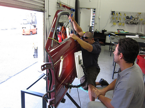 Paintless Dent Repair Training from Rightlook 3