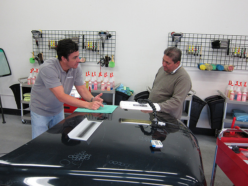 Paintless Dent Repair Training from Rightlook 1