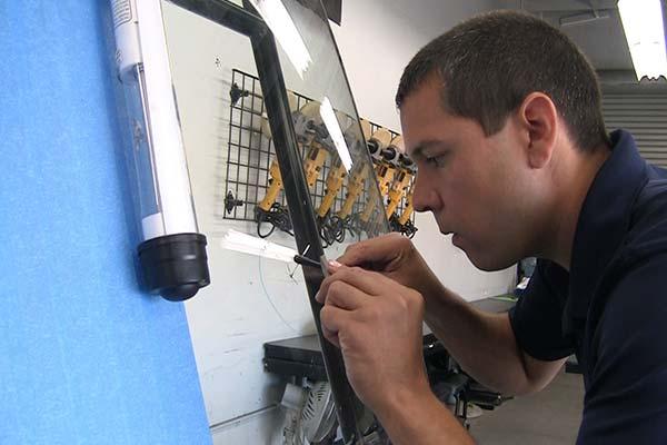 Rightlook Windshield Repair Student Gallery 16