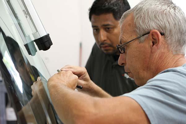 Rightlook Windshield Repair Student Gallery 17