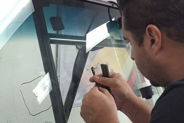 Rightlook Windshield Repair Student Gallery 3